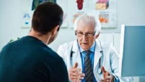 Консультує лікар уролог-андролог
