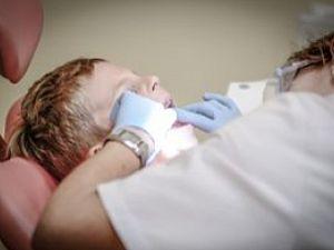 Квалифицированная помощь от стоматологов клиники Надежда