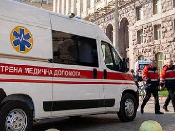 В  Киеве Кличко  угрожает  остановить общественный транспорт,  маршрутки  переполнены.