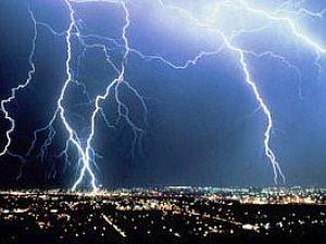 В Одессе снова объявлено штормовое предупреждение: шквал, ливень и град