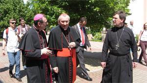 Госсекретарь Ватикана прибыл в Запорожье