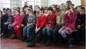 На Кіровоградщині майже 100 дітей виховуються в інтернат них закладах