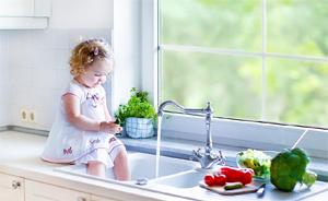 Критерии выбора смесителя на кухню